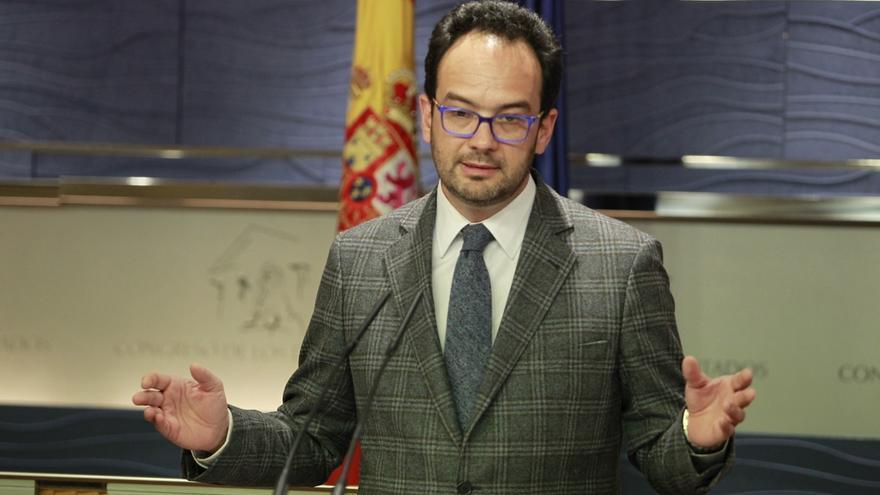 El PSOE garantiza que no pactará con los independentistas en la búsqueda de una alternativa a Rajoy