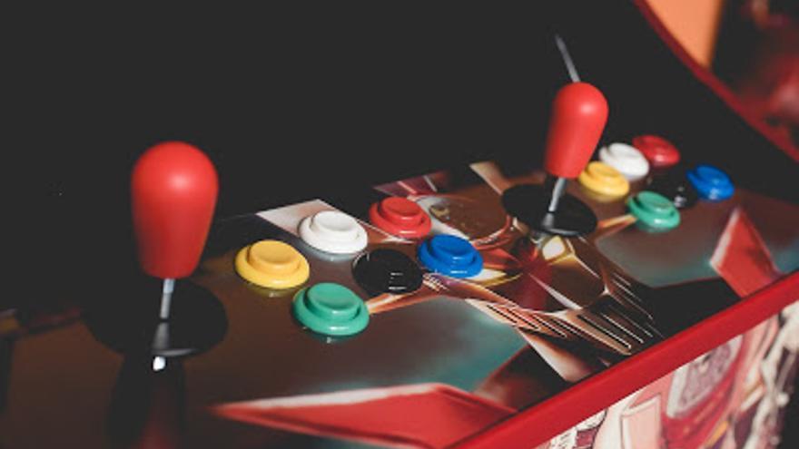 Juegos De Canicas Parchis Pinballs Virtuales Robotica Y Antiguas