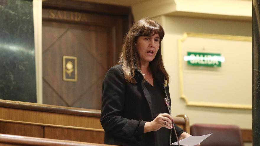 Laura Borràs, la preferida por Torra para sucederle, queda a las puertas del juicio que puede apartarla de la política