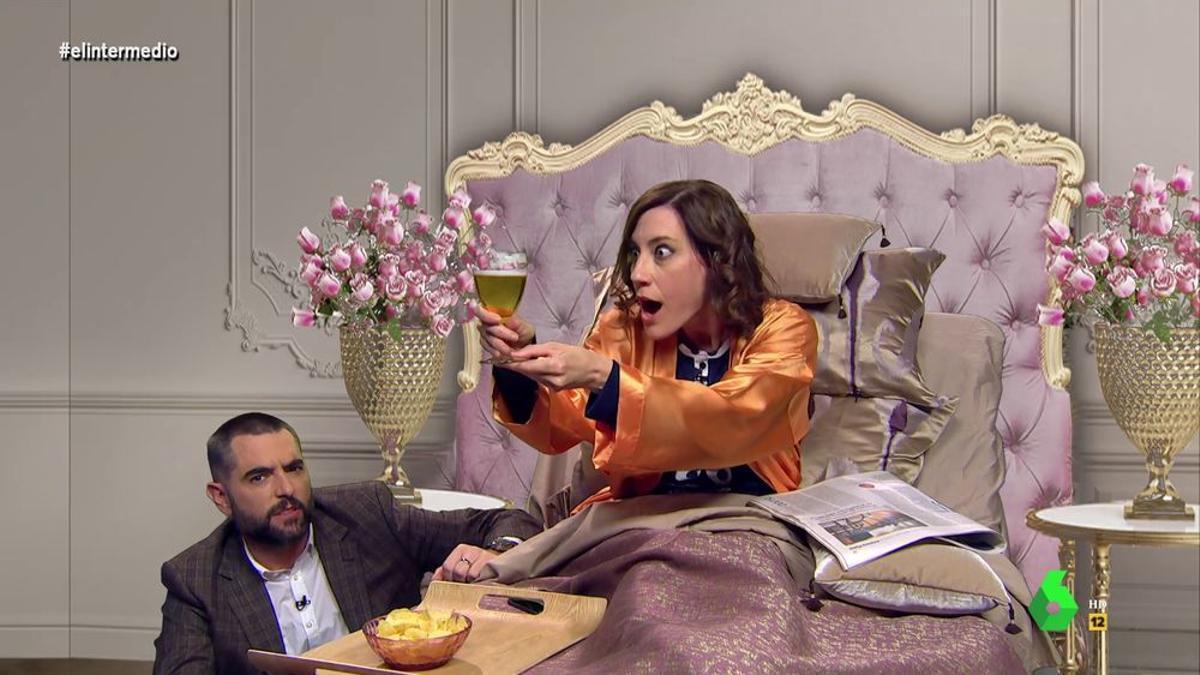 Cristina Gallego como Ayuso en 'El Intermedio'