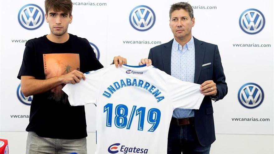 Iker Undabarrena en su presentación como jugador del Tenerife