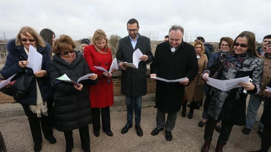 Europarlamentarios en su visita al Tajo