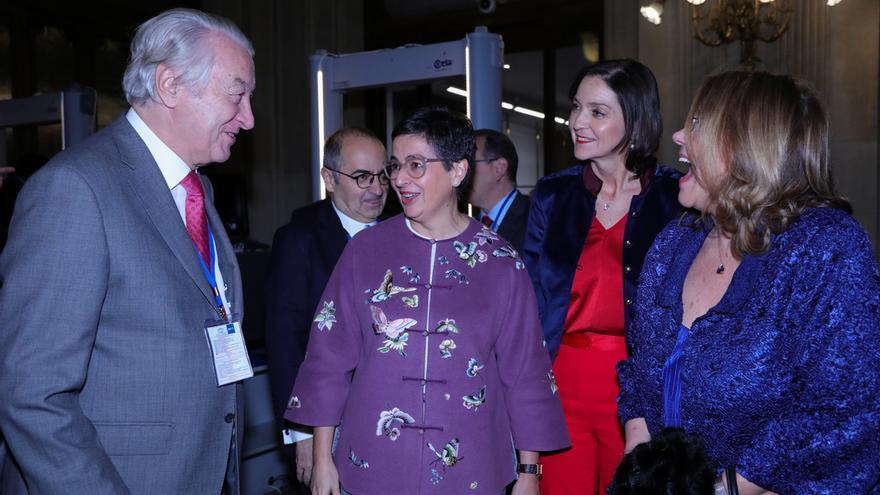 La ministra de Exteriores viaja este viernes a Marruecos y abordará la delimitación marítima