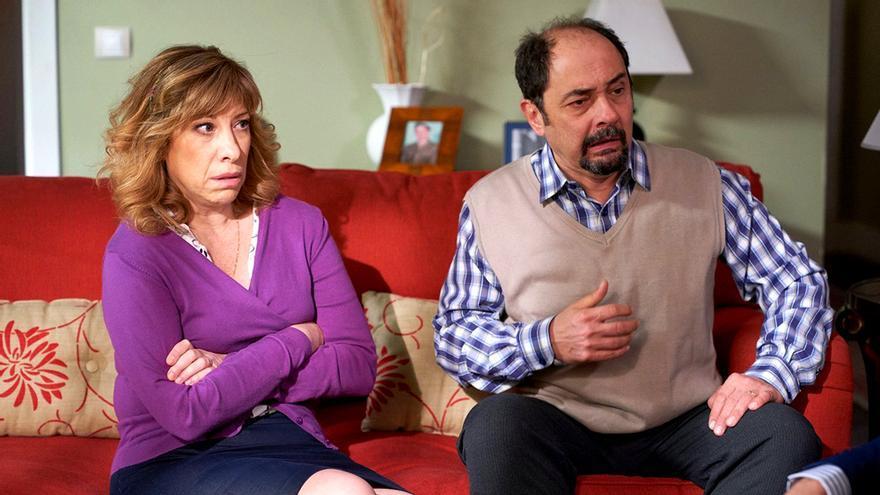 Nathalie Seseña y Jordi Sánchez en  una escena de 'LQSA'