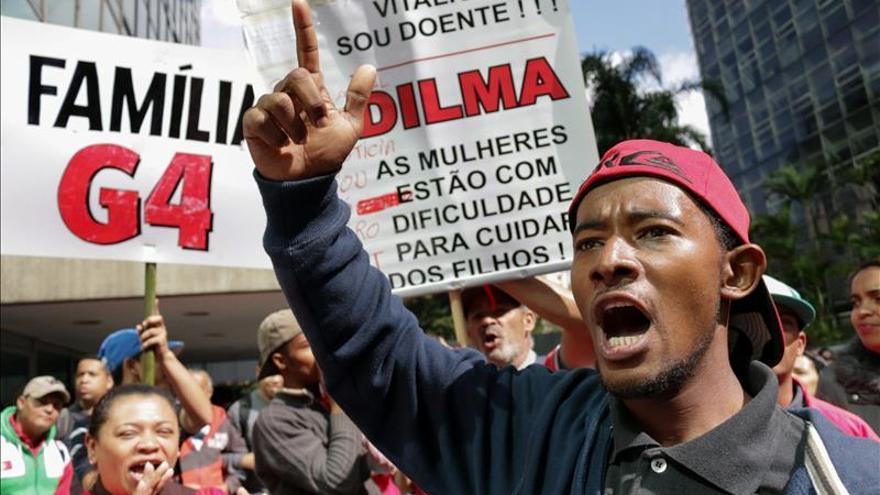 Sindicatos protestan en todo Brasil contra el ajuste fiscal de Rousseff