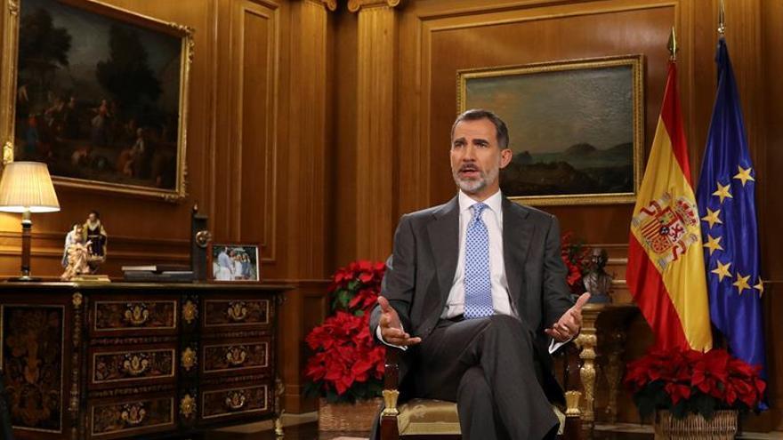 PP, PSOE y Cs valoran el discurso del Rey y Podemos e independentistas lo critican