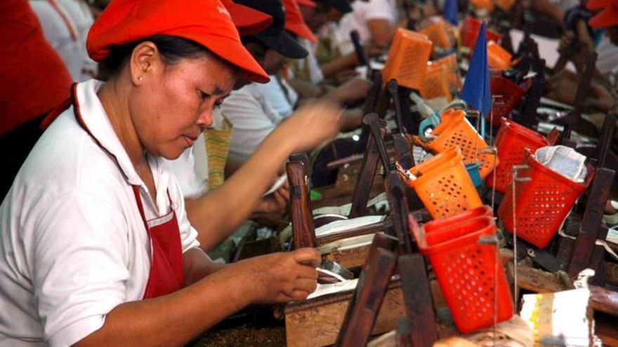 HRW denuncia el uso de niños en la producción de tabaco en Indonesia