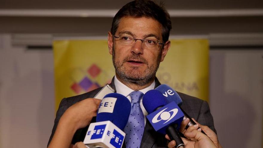 """Catalá considera """"ofensivas"""" las declaraciones de Hammond en Gibraltar"""
