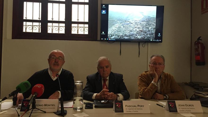 De izquierda a derecha, Antonio Montiel, Pascual Pery y Joan Olmos