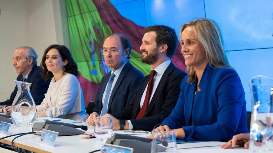 Ana Camins, Pablo Casado y Pío García Escudero en la Junta Directiva Regional del miércoles. / PP