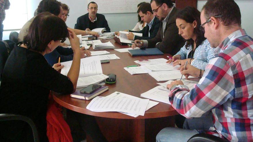 Reunión de una Comisión de Hacienda del Ayuntamiento de Jaén
