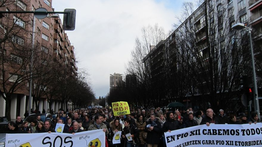 Cientos de personas se manifiestan en Pamplona en contra de la remodelación de Pío XII