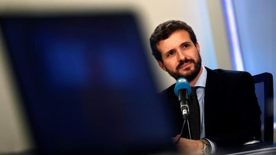 """Casado acusa a Sánchez de """"engaño masivo"""" por su prisa en formar Gobierno"""