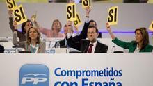 Mariano Rajoy y María Dolores de Cospedal, durante el 17º Congreso del PP.