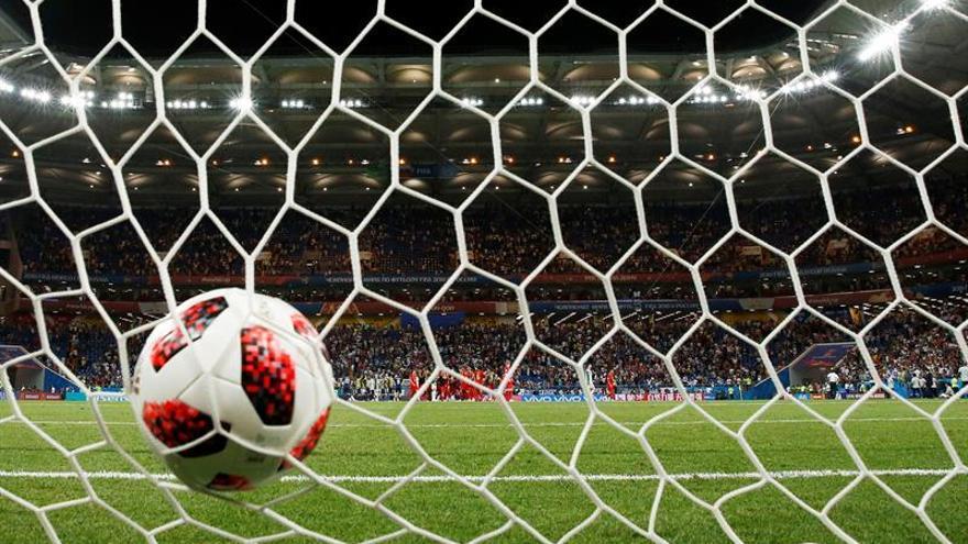 Orange confirma que tendrá fútbol, mientras Vodafone aún tiene que estudiarlo