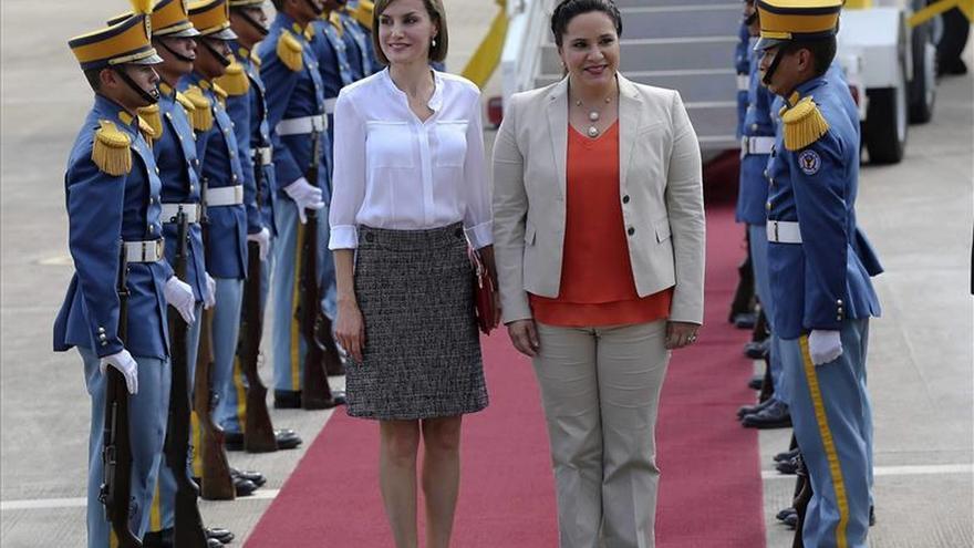 La Reina de España examina en Honduras la marcha de los proyectos de cooperación