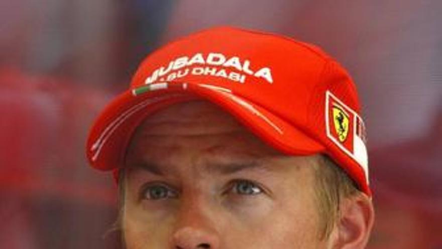 Raikkonen sospecha que Ferrari quiere hablar sobre su contrato