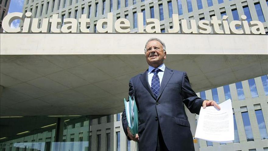 Manos Limpias pide la detención de Mas por convocar elecciones plebiscitarias