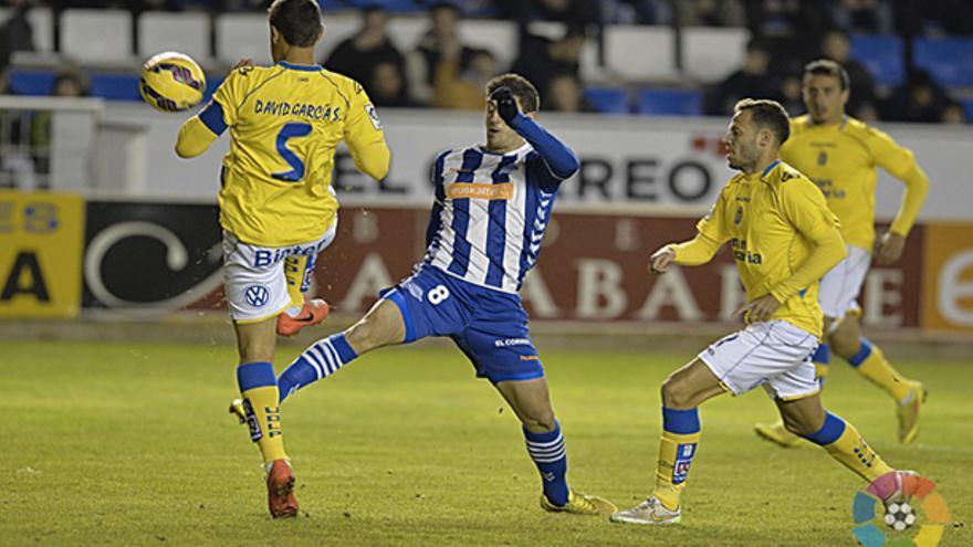Lance del partido entre el Alavés y la UD Las Palmas. (LFP)