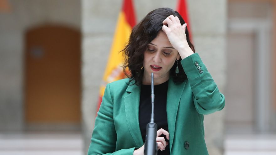 Isabel Díaz Ayuso en la presentación del primer autobús de hidrógeno en Madrid el 22 de febrero.