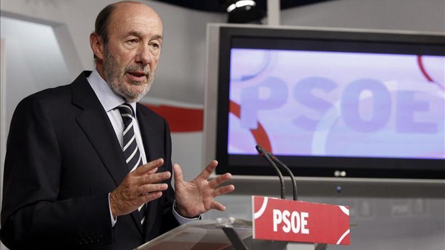"""El líder de la oposición cree que """"la economía ha emitido suaves destellos favorables"""""""