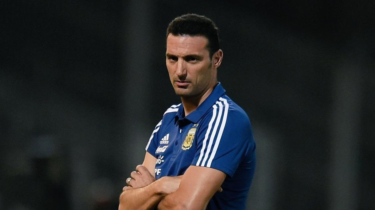 Scaloni respaldó al goleador Lautaro Martínez, quien tiene un flojo presente.