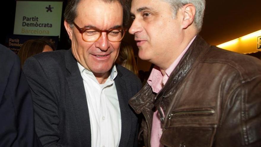 Un empresario del 3 % contactó con Mas y Gordó para que colocaran a su esposa