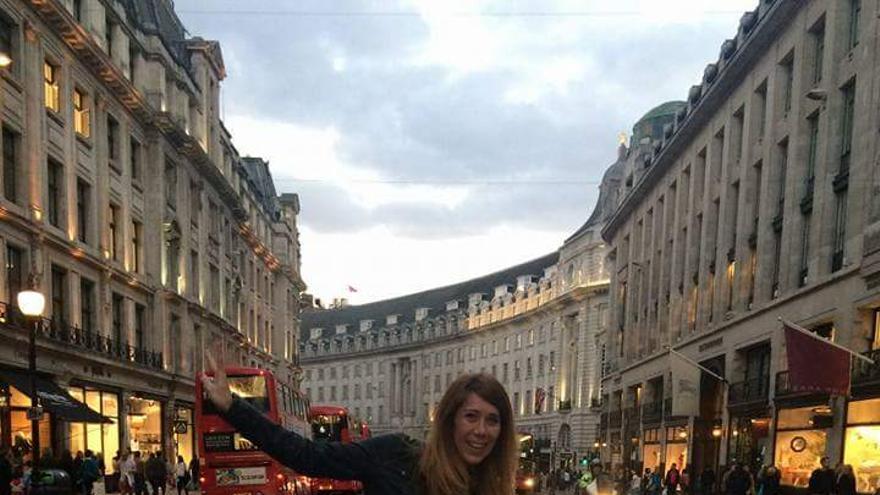 Cristina García en Londres, donde vive desde hace dos años | Imagen cedida a eldiario.es