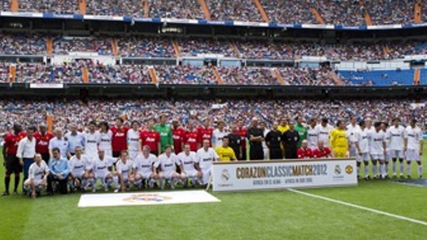 El 'Corazón Classic Match' Se Tiñe De Blanco En El Bernabéu