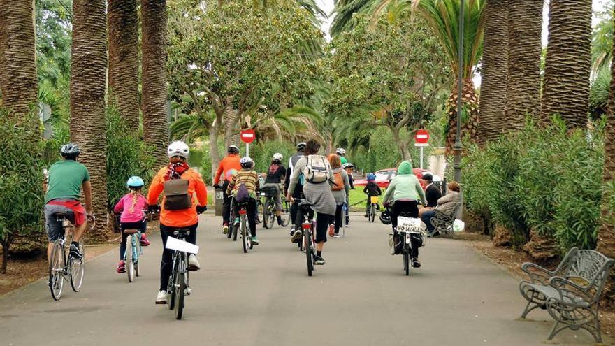 El colectivo organizó este domingo un recorrido por La Laguna / Foto de 'Tenerife por la Bici' en Facebook