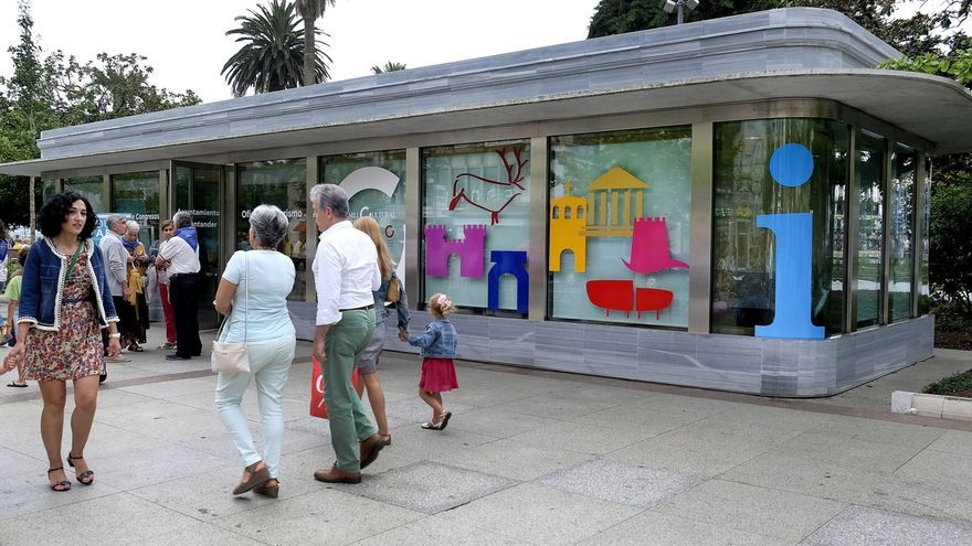 Las oficinas turísticas de Santander han atendido este verano a 109.000 turistas, un 13% más