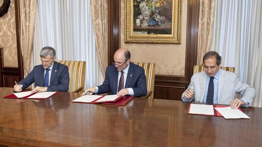 Las universidades navarras colaborarán con el Gobierno en la detección de proyectos de investigación empresarial