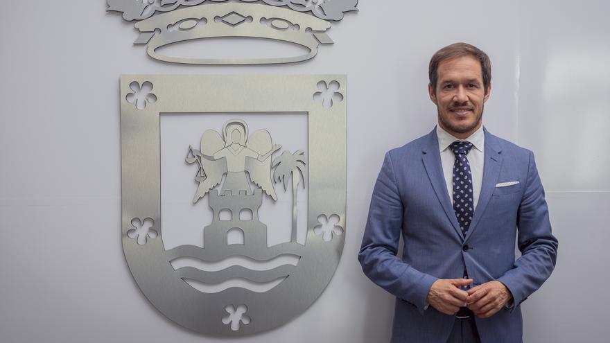 Mariano H. Zapata pide al Gobierno de Canarias que se ponga solución al sobrecoste del combustible