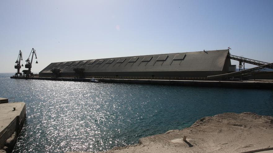 Puerto de El Pajar en manos de la fábrica de cementos (ALEJANDRO RAMOS).