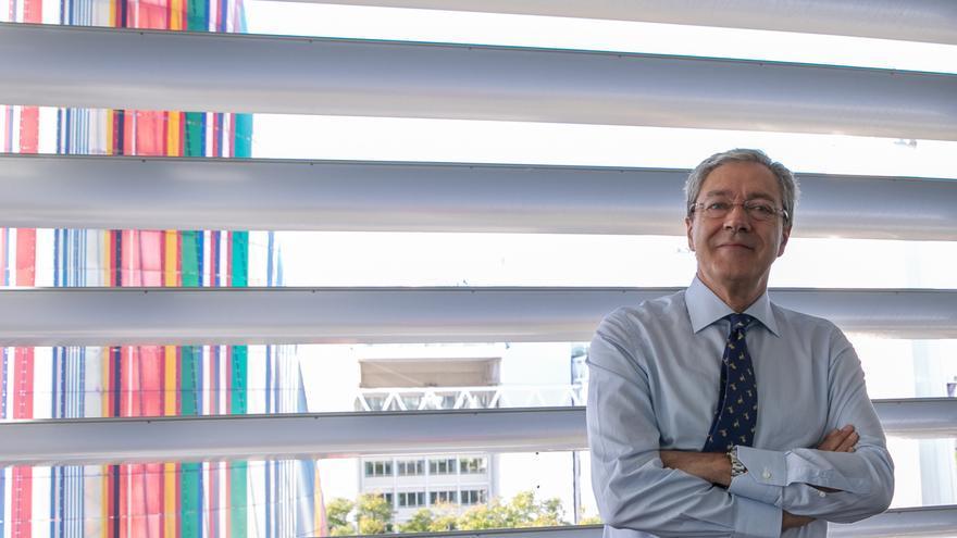 Velasco propone evaluar la demanda de másteres a los tres años de impartirse para decidir sobre su continuidad