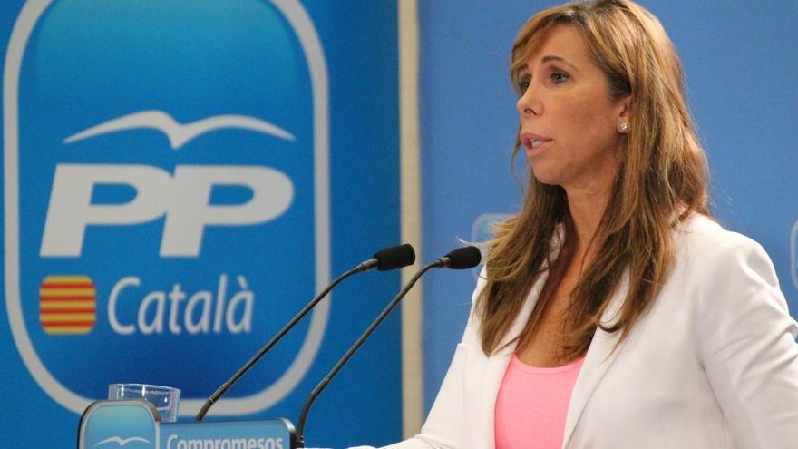 """Sánchez-Camacho llama al PSC a unirse para defender """"la Cataluña de todos"""""""