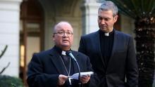 Los enviados del papa a Chile cumplen la última jornada de reuniones con las víctimas