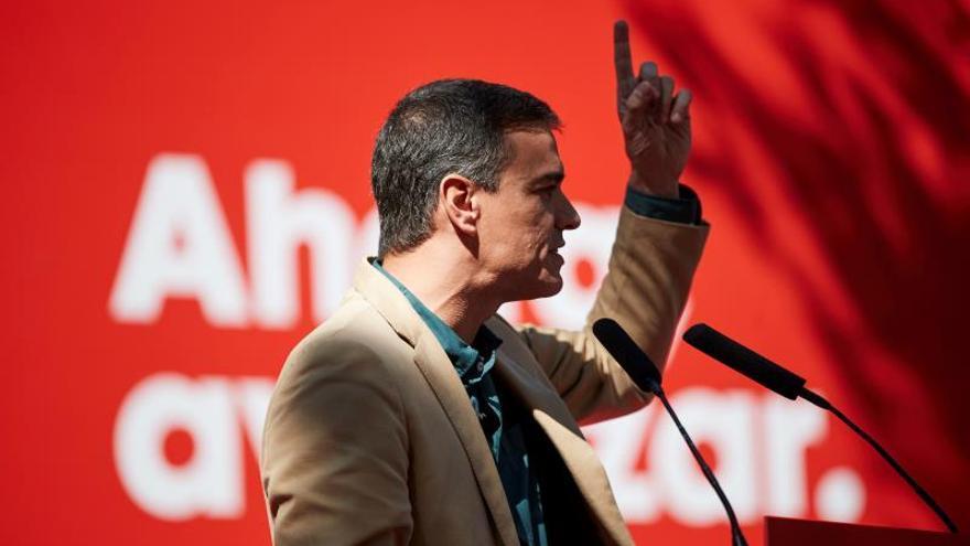 """Sánchez promete actuar """"con serena firmeza"""" si vuelven a """"quebrar"""" el Estatut"""