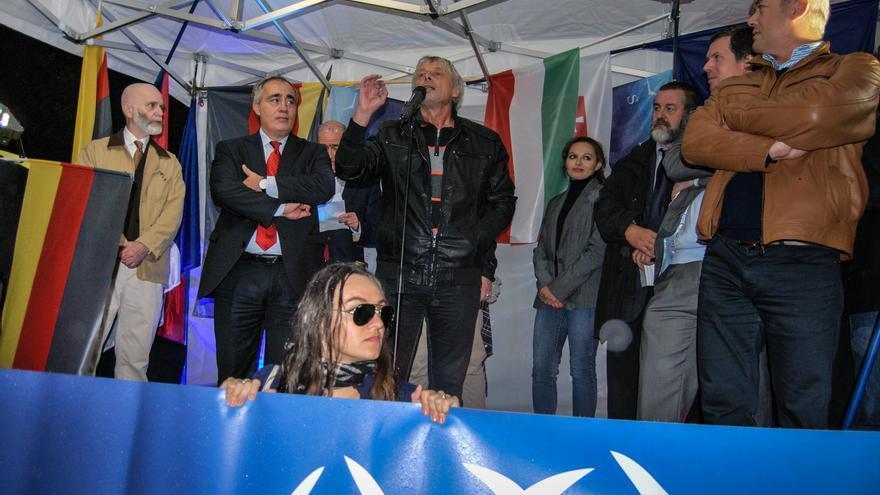Mitin en París en contra de la inmigración clandestina, organizado por Siel, partido aliado del Frente Nacional francés / Luna Gámez