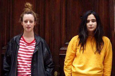 María y Andrea   Foto: Adriana Alcol