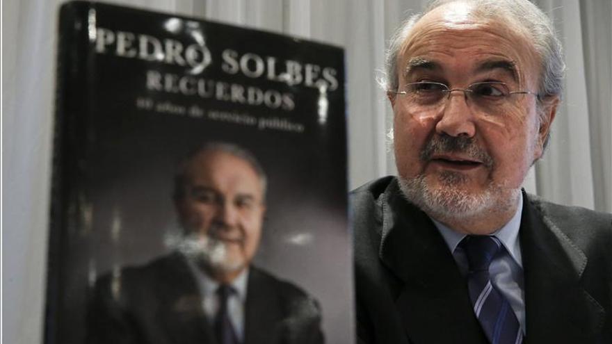 Solbes se arrepiente de haberse presentado a las elecciones de 2008