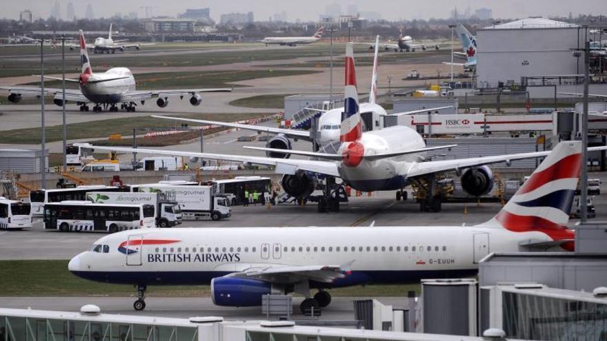 La capacidad aérea en vuelos internacionales se contrae un 1,8 % hasta enero