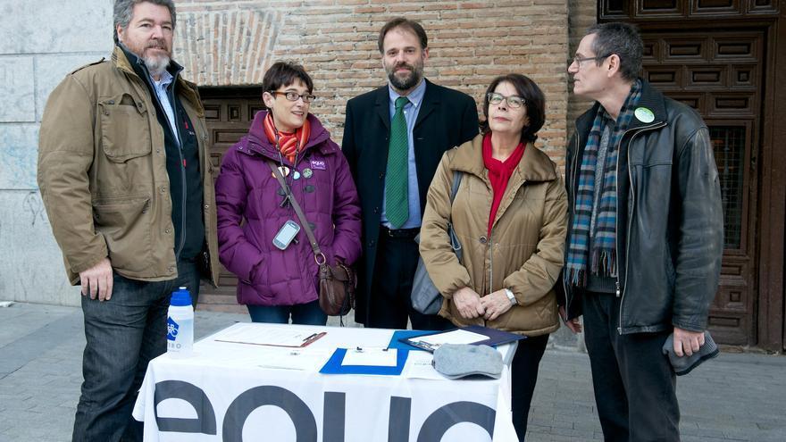Dirigentes de Equo presentan sus primarias en la calle