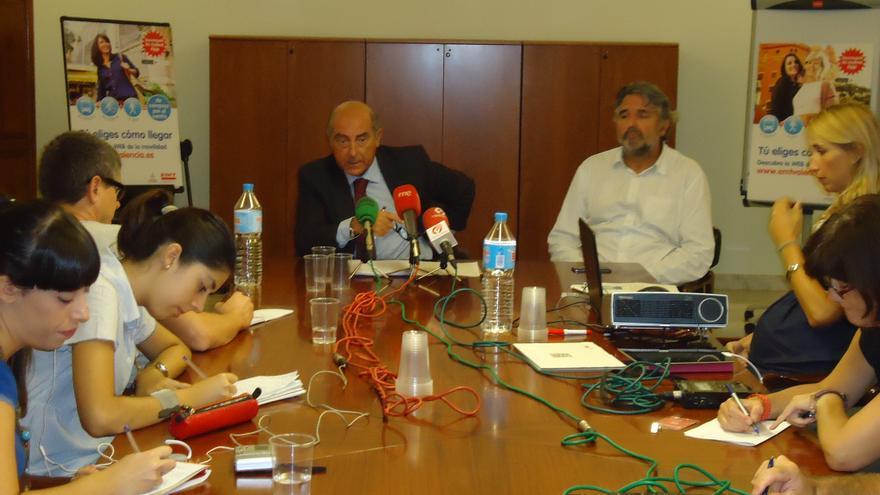 Alfonso Novo, penúltimo presidente de la EMT con Rita Barberá que perpetuó el pacto ilegal.