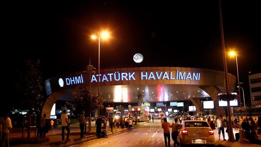 Paralizado el aeropuerto de Atatürk en Estambul, el mayor de Turquía