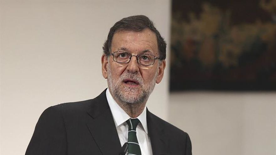 Rajoy asistirá mañana en Bruselas a su posible última cumbre en funciones