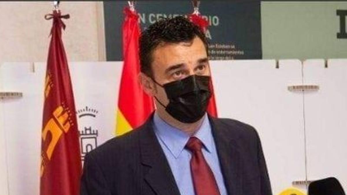 El portavoz de Podemos en el Ayuntamiento Ginés Ruiz Maciá