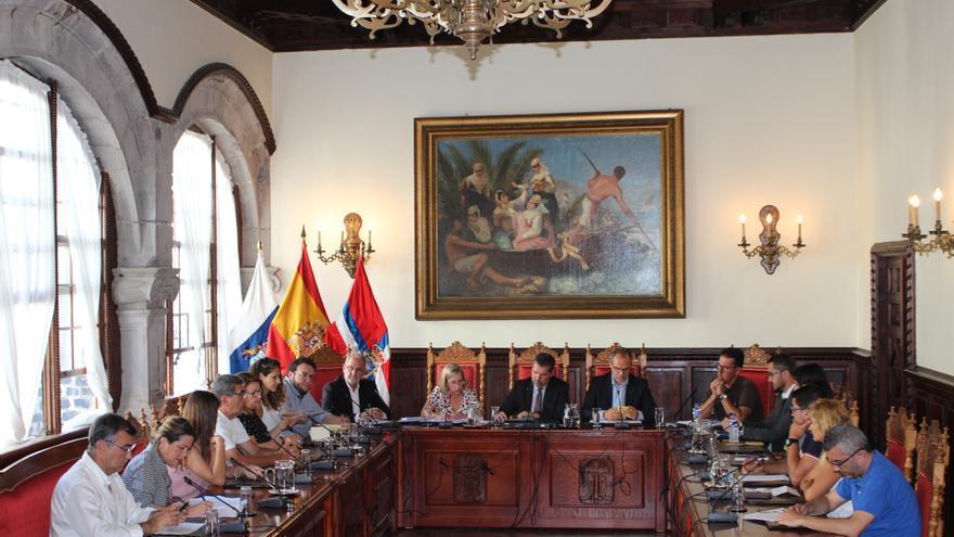 Pleno extraordinario del Ayuntamiento de Santa Cruz de La Palma celebrado este miércoles.