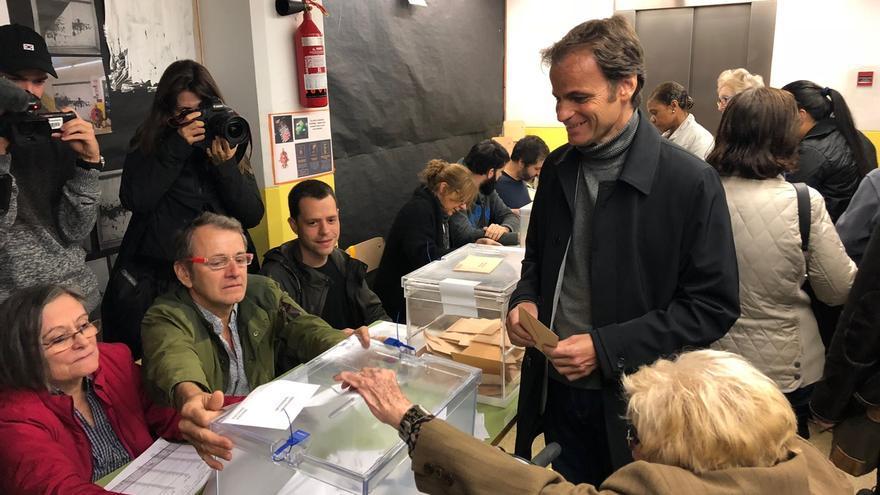 """Asens (ECP) cree que se confirmará """"la remontada que indicaban las encuestas"""""""