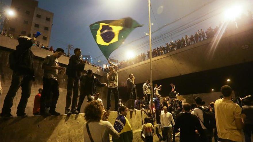 Manifestaciones de protesta en la periferia de Sao Paulo.